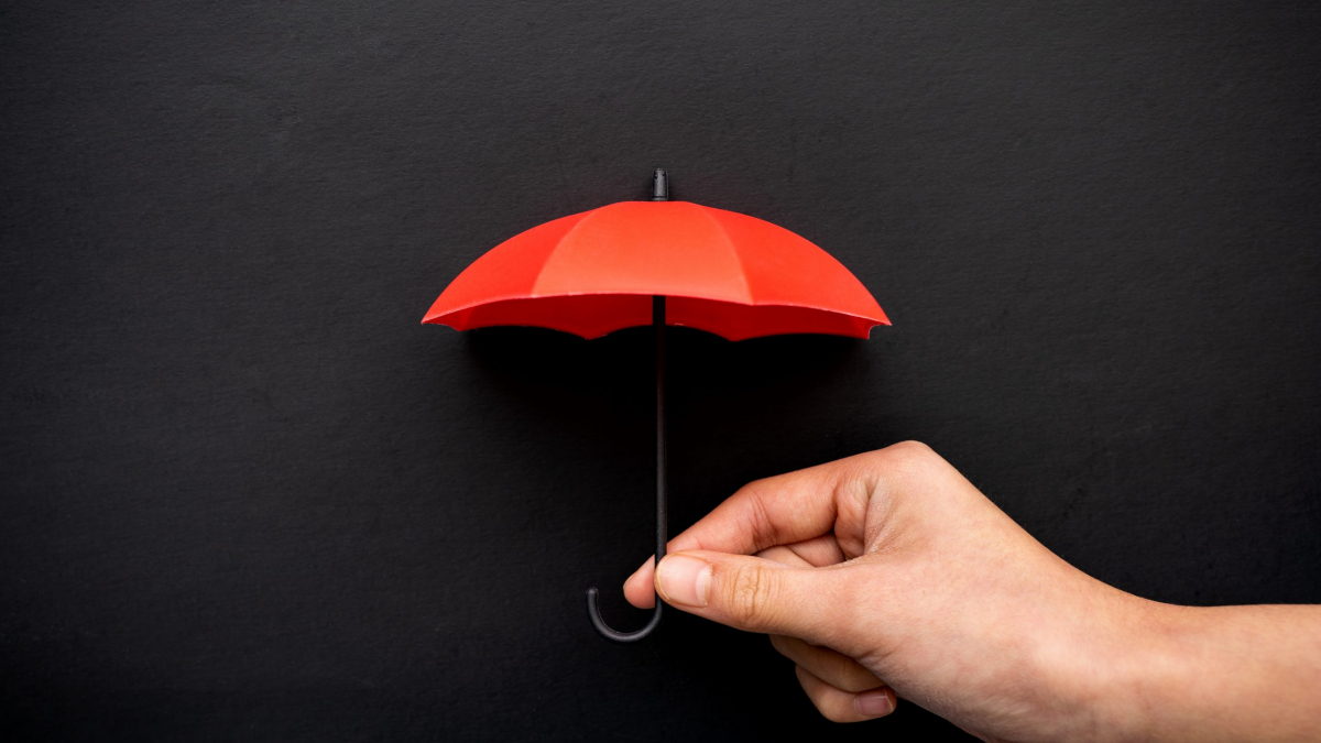 Hand,Hold,A,Red,Umbrella,3d,Icon,Isolated,On,Black